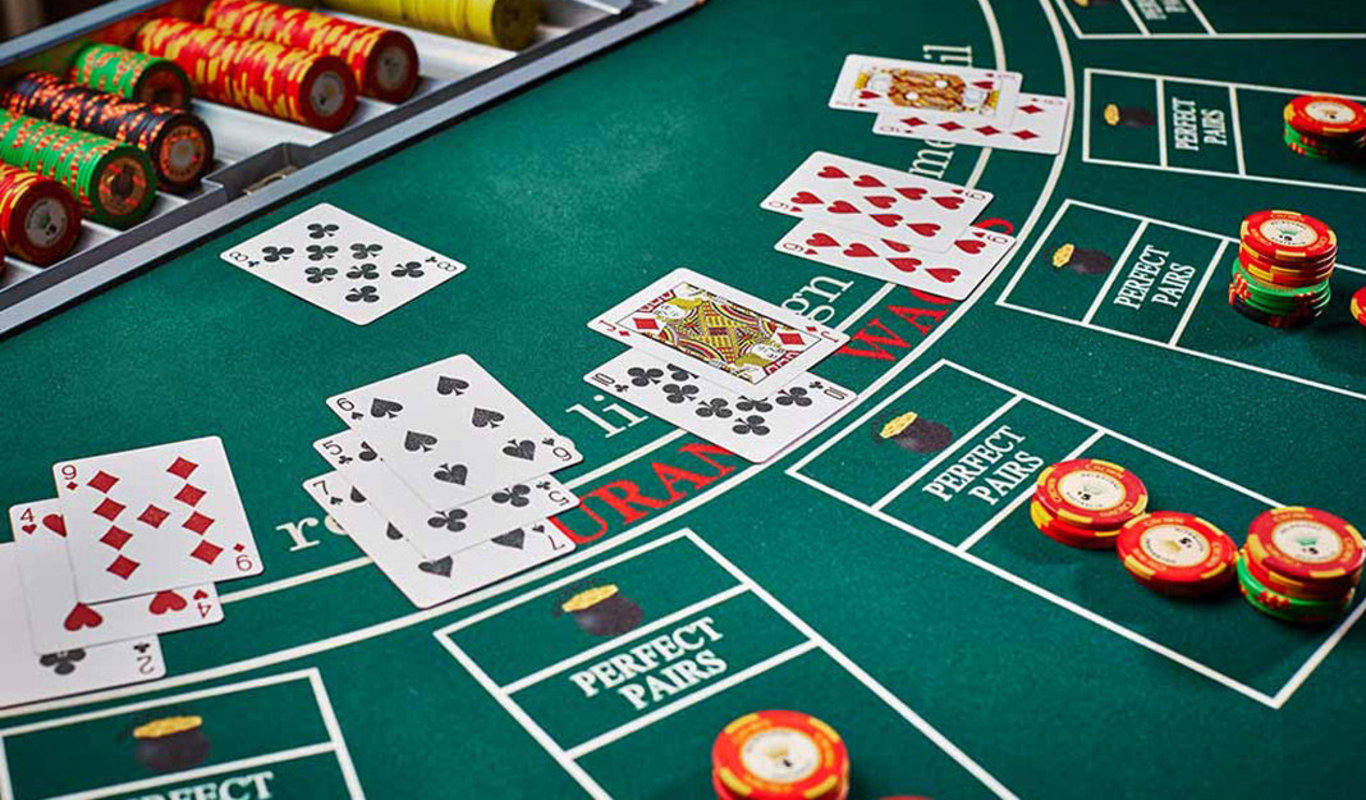 Poker Rules: How to Play Poker Games